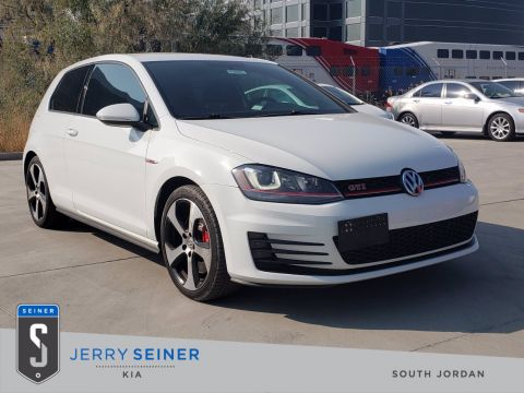 2015 Volkswagen Golf GTI S w/Performance Pkg